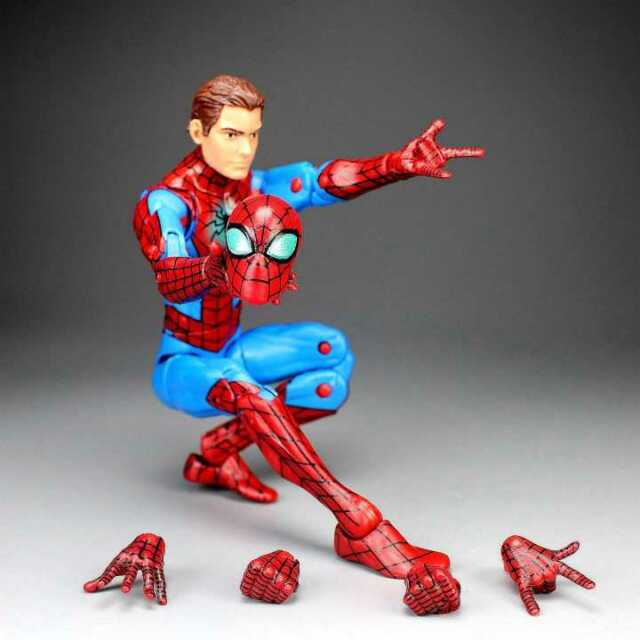 """Marvel Legends Spiderman Homecoming from Mary Jane 2pack TRU 6"""" Action Figure US"""
