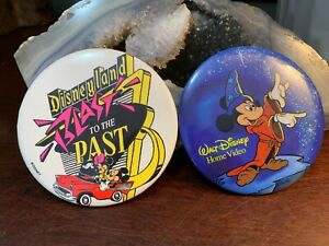 VINTAGE-Lot-1988-DISNEYLAND-BLAST-FROM-THE-PAST-3-034-BADGE-BUTTON-PINBACK-PIN-Rare