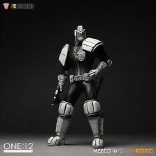 Mezco NYCC 15 Exclusive B&W Judge Dredd One:12 Figure