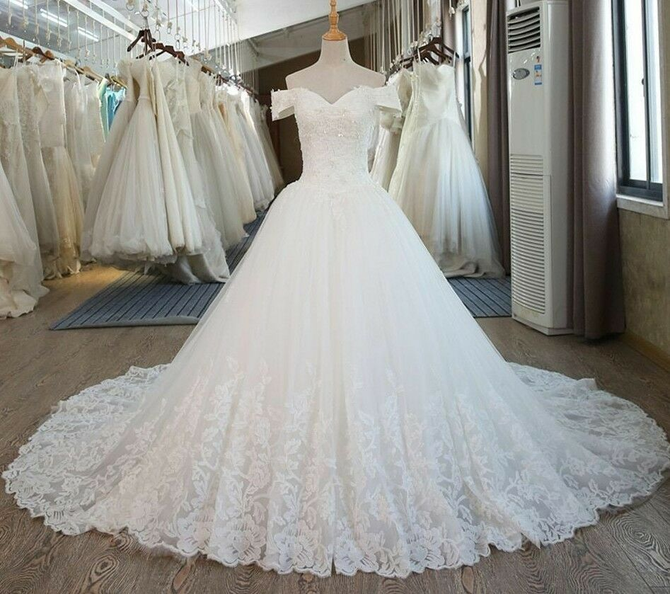 Ball Gown For Bride Vintage Lace Wedding Dress Chapel Princess Type With Sleeves