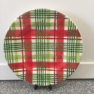 NWT-Pier-1-Christmas-WATERCOLOR-PLAID-Salad-plate-Tartan-Red-White-Green