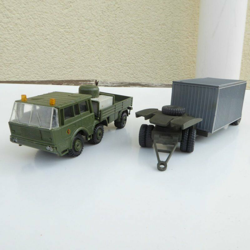 SDV Model 87010 RK Model Tatra  813 6 x 6 with Trailer  Army  Camo Colour vert, h0  être en grande demande