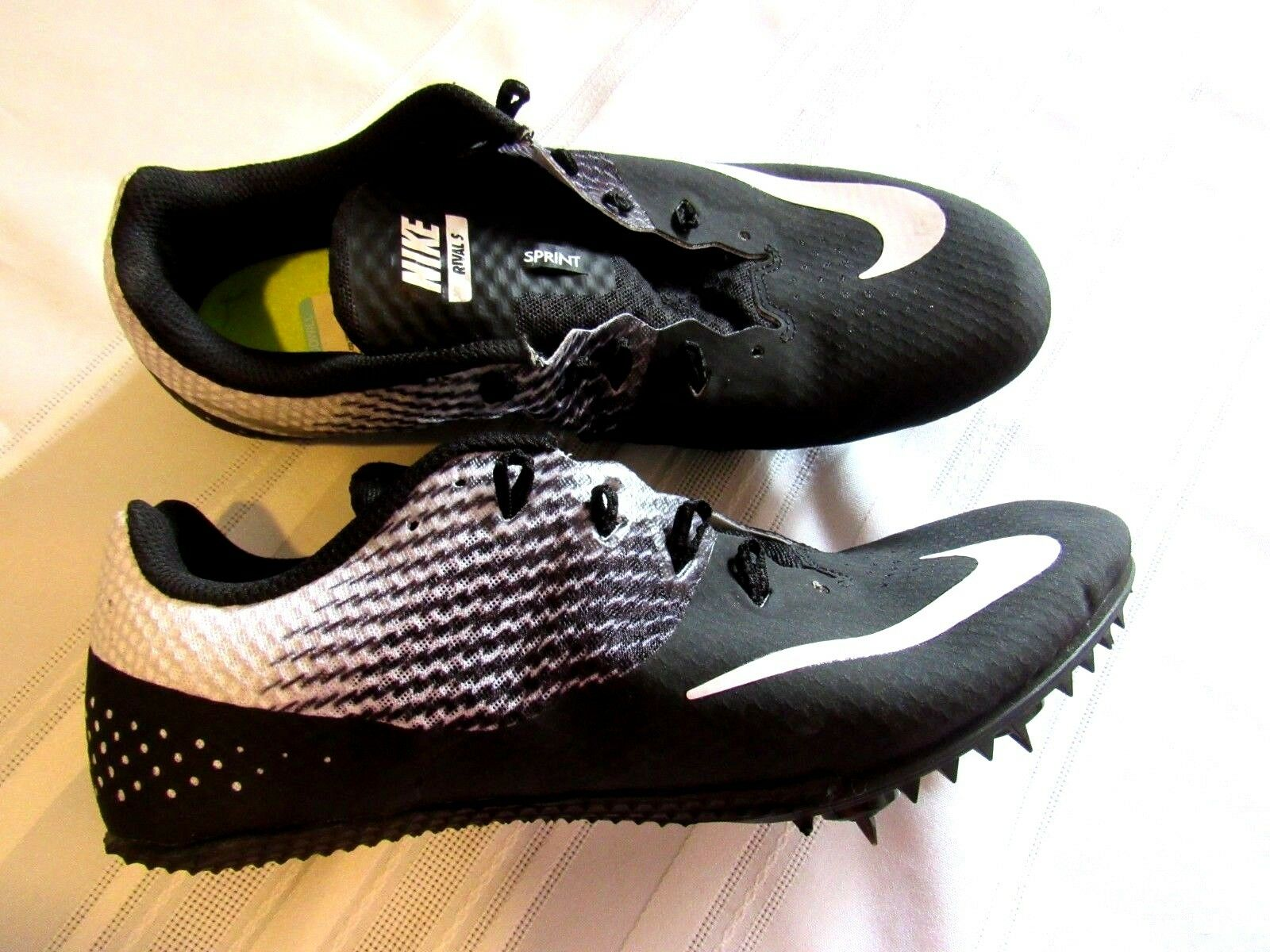 NIKE SPRINT RACING MEN'S BLACK TRACK FIELD SPIKES SHOES,SIZE 9.5 NEW WITHOUT BOX
