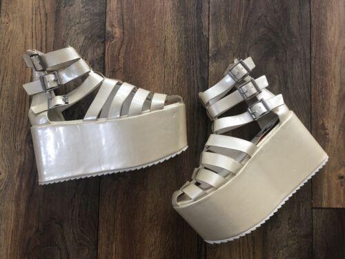 YRU Pearl Mega Platform Flatform Sandals Solestruc