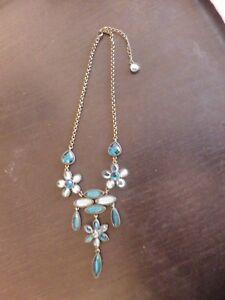 splendide-collier-de-createur-haute-fantaisie-tres-bon-etat-bleu-vintage
