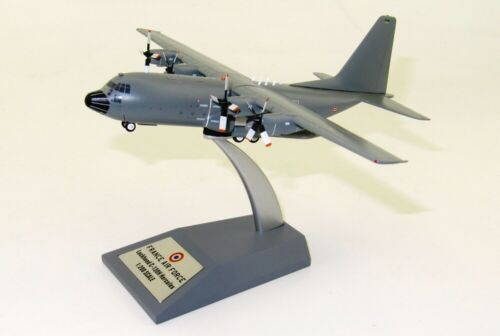 JFOX MODELS JFC130014 1/200 FRENCH AIR FORCE LOCKHEED C-130 5114 WITH STAND