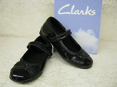 SALE Girls Clarks Dolly Heart Inf & Jnr Black Patent Leather School Shoes