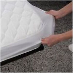 Double Bed Wetting Vinyl Plastic Fitted Mattress Cover
