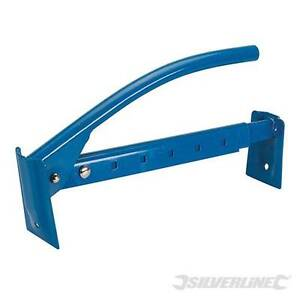 Brick Tongs 400 - 670mm Quality metal construction, painted and maintenance-free