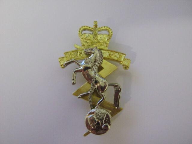 REME Beret Cap Badge British Military - Brass Base Metal  ade70c54914f
