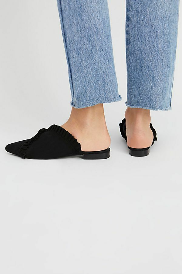 FREE PEOPLE Schuhe FLATS SLIDES BLACK SUEDE RUFFLE CLEO sz 7  8