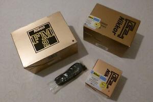 Nikon Set FM2 Body - Nikkor F 50mm f/1.8 - Nikkor Zoom 70 - 210 - Sling - New!! - Italia - Nikon Set FM2 Body - Nikkor F 50mm f/1.8 - Nikkor Zoom 70 - 210 - Sling - New!! - Italia