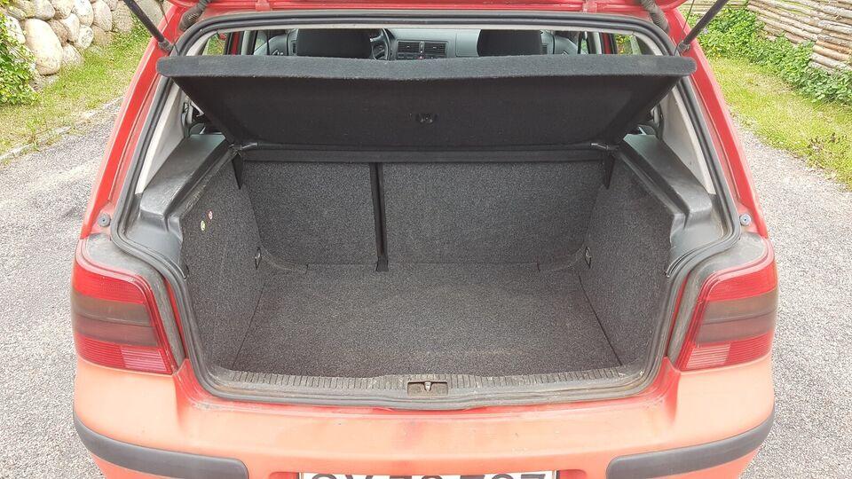 VW Golf IV, 1,8 Trendline, Benzin