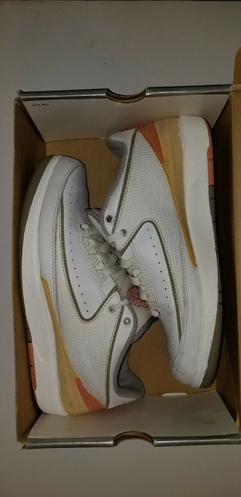 NIKE AIR JORDAN 2 LOW WOMENS SHY PINK SZ.10 8.5 Mens PRESTO OFF WHITE Supreme