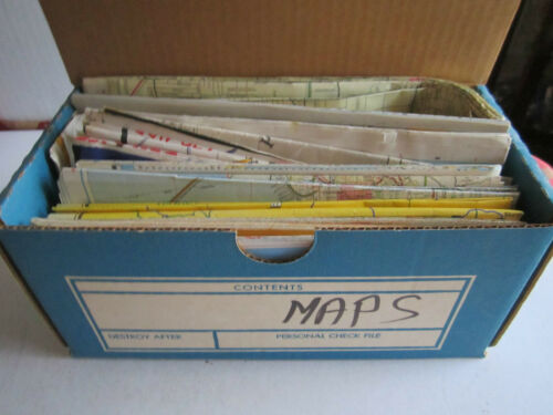 VINTAGE LOT OF 25 MAPS OIL & GAS AND MUCH MORE UNSEARCHED TUB OFC
