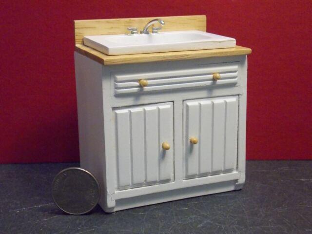 Aztec 1 Scale Dollhouse Kitchen Furniture Modern Sink White Oak