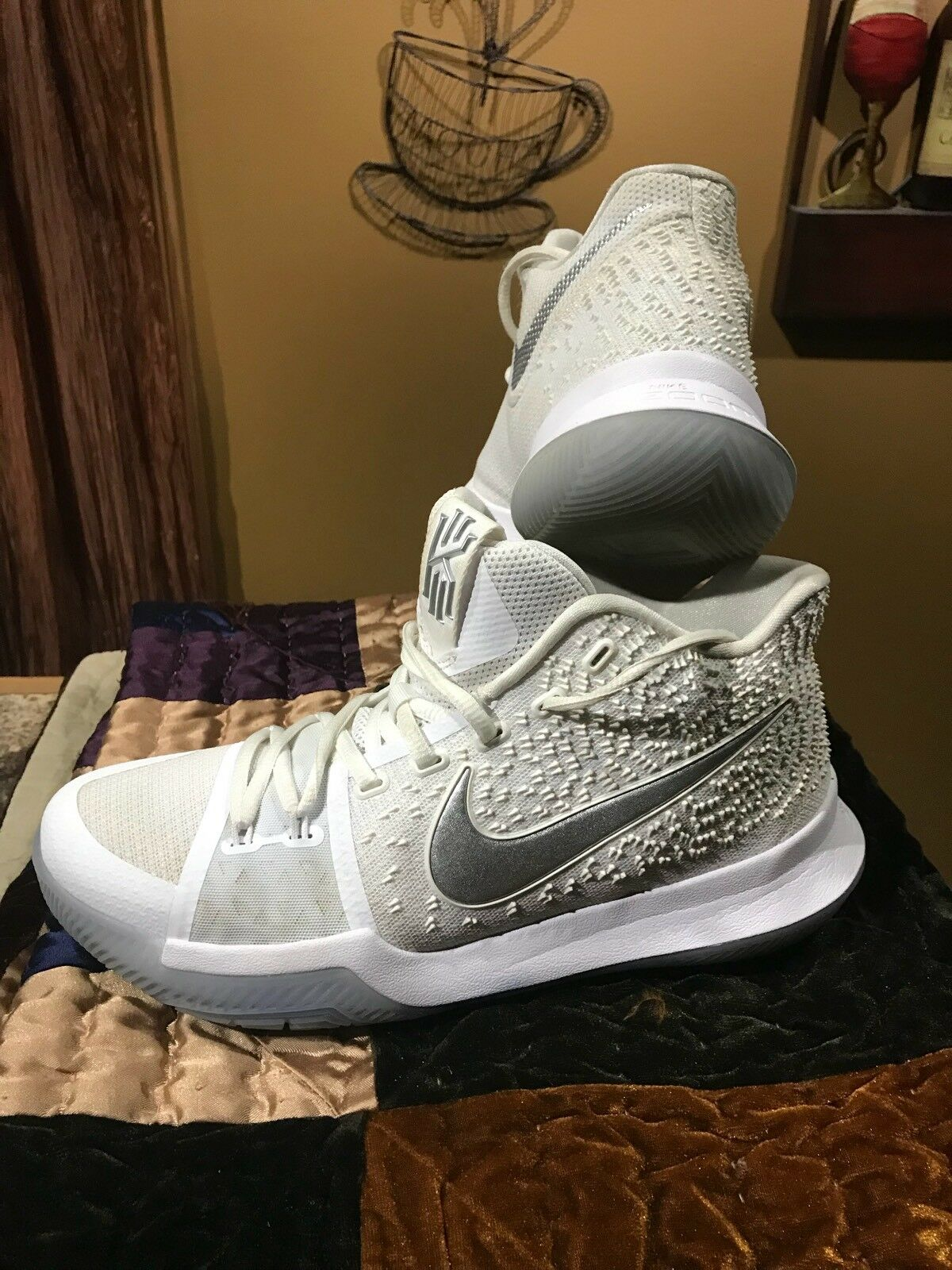 new product e6e59 04d09 Nike KYrie Irving Irving Irving Zoom Size 8 1 2. fc31fd