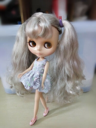 """12/"""" Neo Blythe Doll from Factory Doll Tan Skin Argenteous Curled Hair"""
