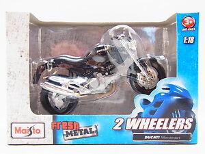 LOT-13268-Maisto-2-Wheelers-034-Ducati-Monsterdark-034-Die-Cast-Motorrad-1-18-NEU