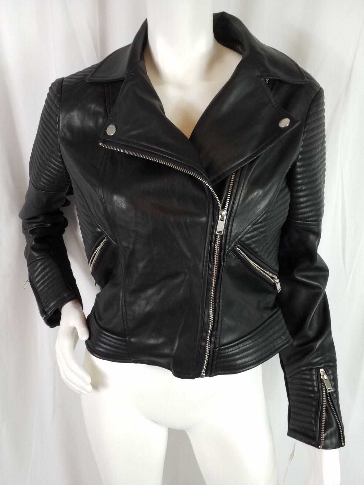 Bar III Coat Size Medium Vegan Leather Motorcycle Zippers Pockets Long Sleeve