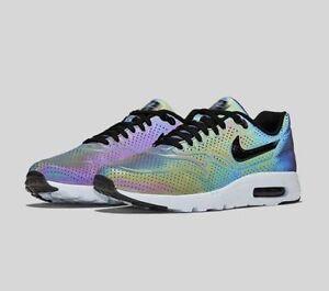 ... Nike-Air-Max-1-Ultra-Moire-Iridiscente-Holograma-