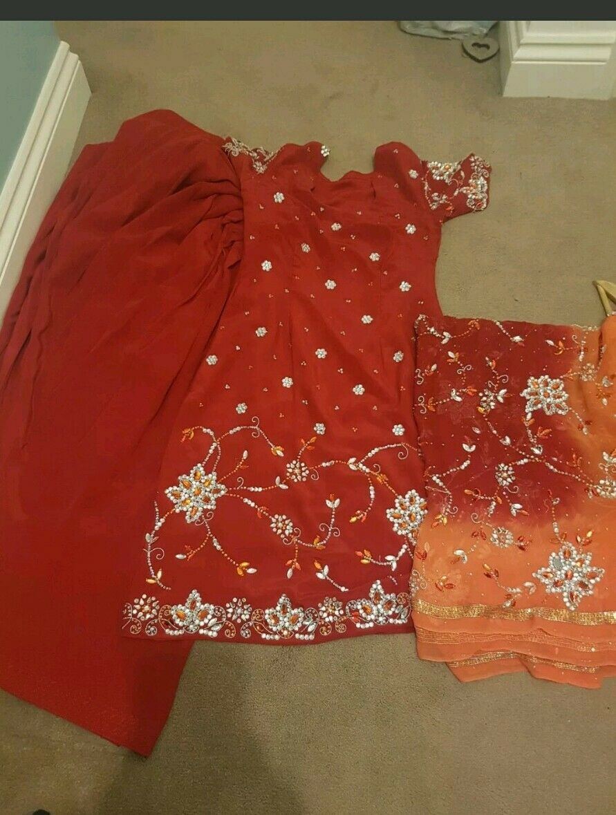 Red Indian Asian Salwar Suit With Heavy Dupata Size 8