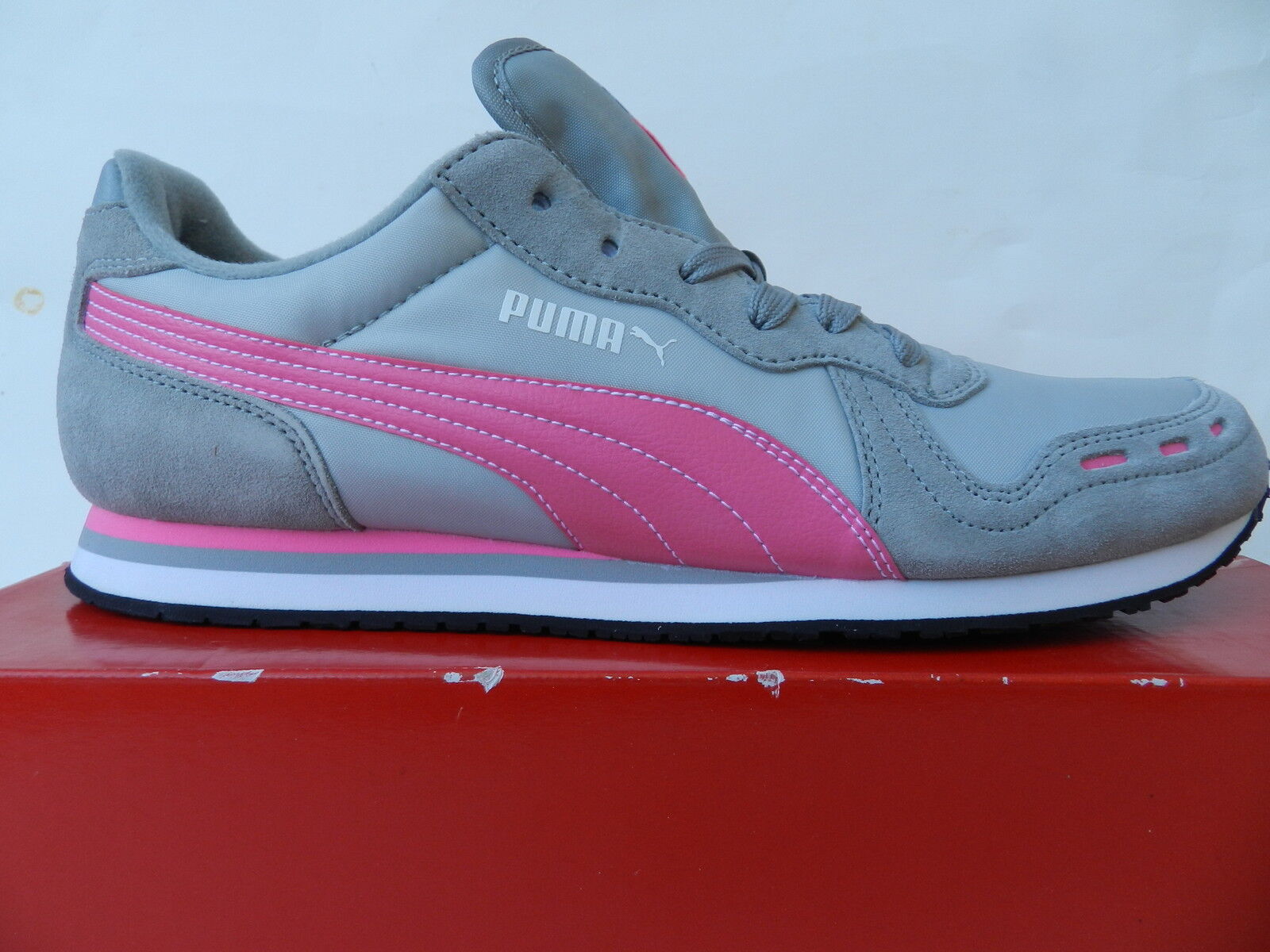 Puma Cabana Racer II Chaussures Femme 41 Baskets Baskets 41 Tennis Retro Vintage UK5 Neuf 66ec51