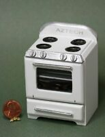 Dollhouse Miniature Retro Oven Or Stove In White From Town Square Miniatures
