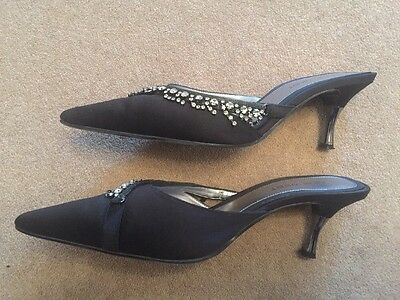 Nine West (EE. UU. 9 W) UK 7 Negro Satinado Noche Zapatos empedrado