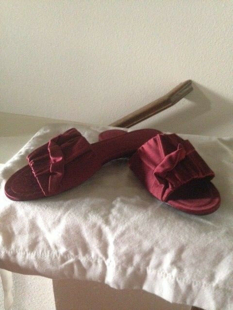 NEW with bag THE ROW Maroon Satin Mules Slides Flats Size 38.5