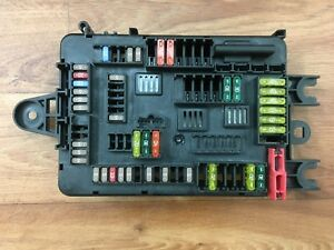 BMW-116d-1-series-F20-genuine-rear-power-distribution-board-fuse-box-9261111