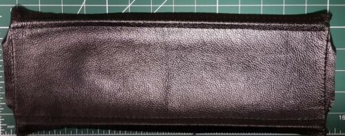 Noir cuir chutes