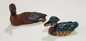 """🐦 PAIR/2 MINIATURE 3-3½""""L Small Colorful DUCKS Bird FIGURINES Carved Wood Resin"""