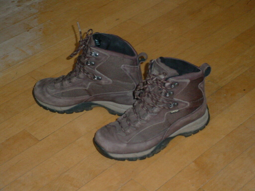 L.L.Bean Womens Gore-Tex Hiking Boots Waterproof Size 7.5 Nice