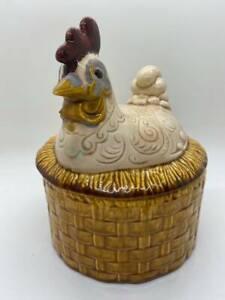 Vintage-Pottery-Chicken-On-A-Nest-Lidded-Dish