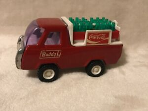 Vintage-Buddy-L-COCA-COLA-Metal-Delivery-Truck-with-2-cases-Coke-Bottles