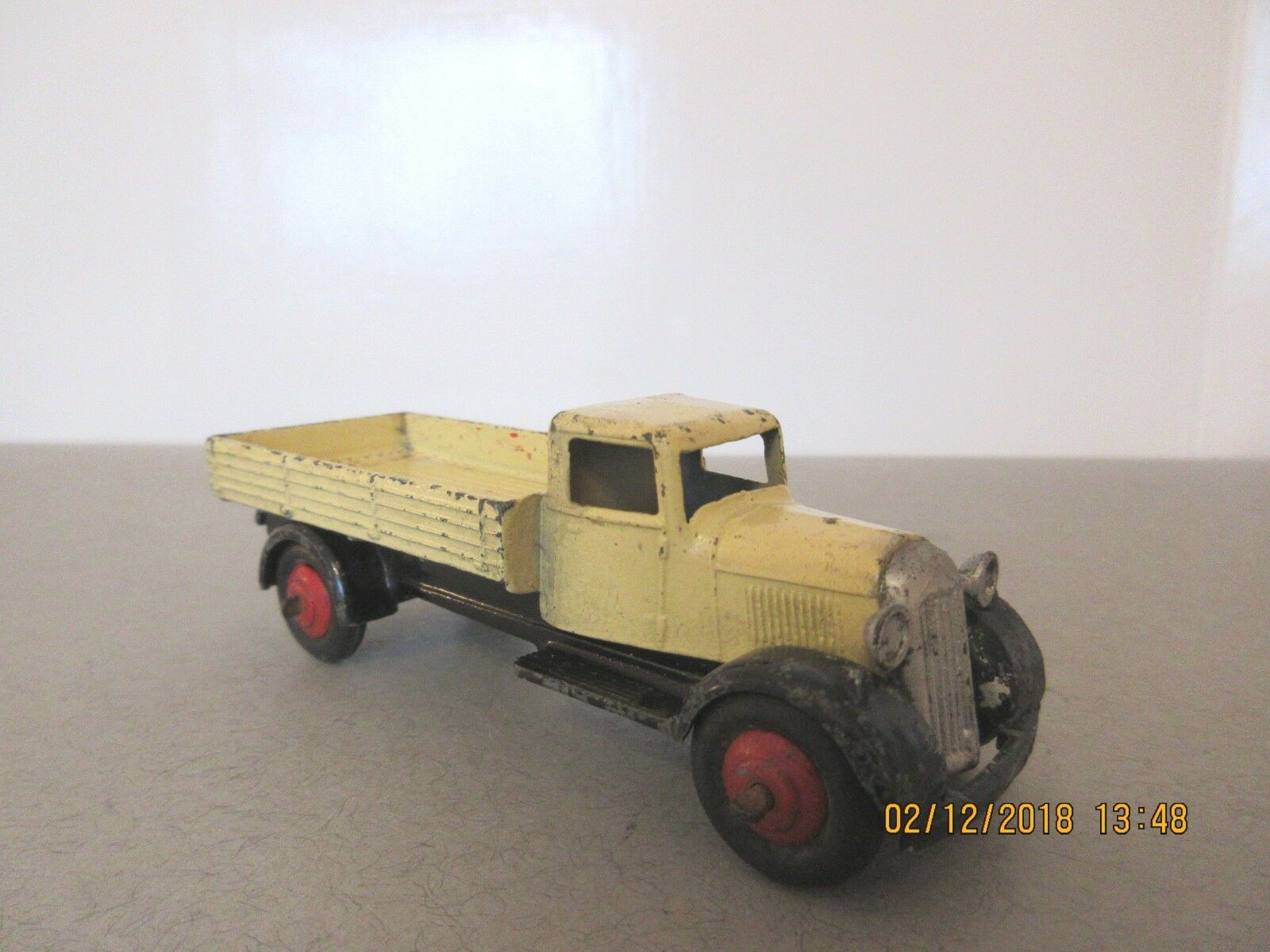 Dinky Toys Type 4 Fordson Covered Wagon - Dinky Toys Commercial