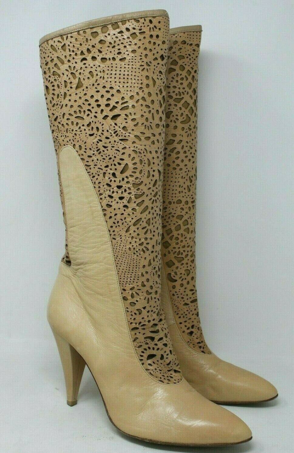 BCBGMAXAZRIA Laser Cut Tall Leather Stiefel in Tan Größe  38.5 EUR, 8 US   2