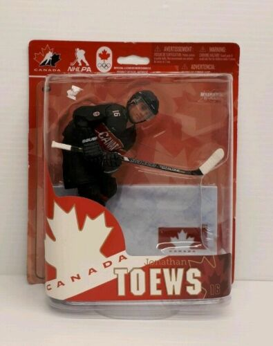 Jonathan Toews Hockey #16 Action Figure CANADA NHLPA NIP McFarlane M18