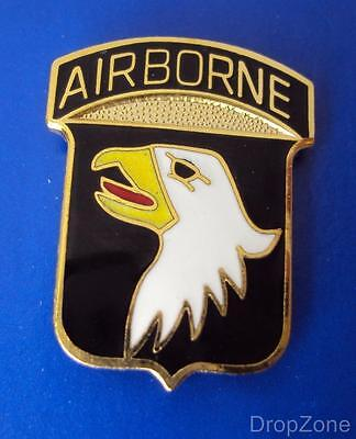US Army 101st Airborne Division Clutch Pin Lapel Badge