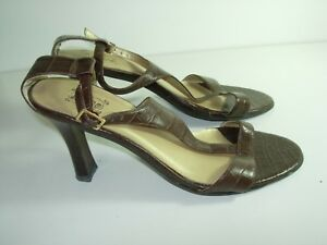 WOMENS-BROWN-LEATHER-T-STRAP-SANDALS-HIGH-HEELS-CAREER-COMFORT-SHOES-SIZE-7-M