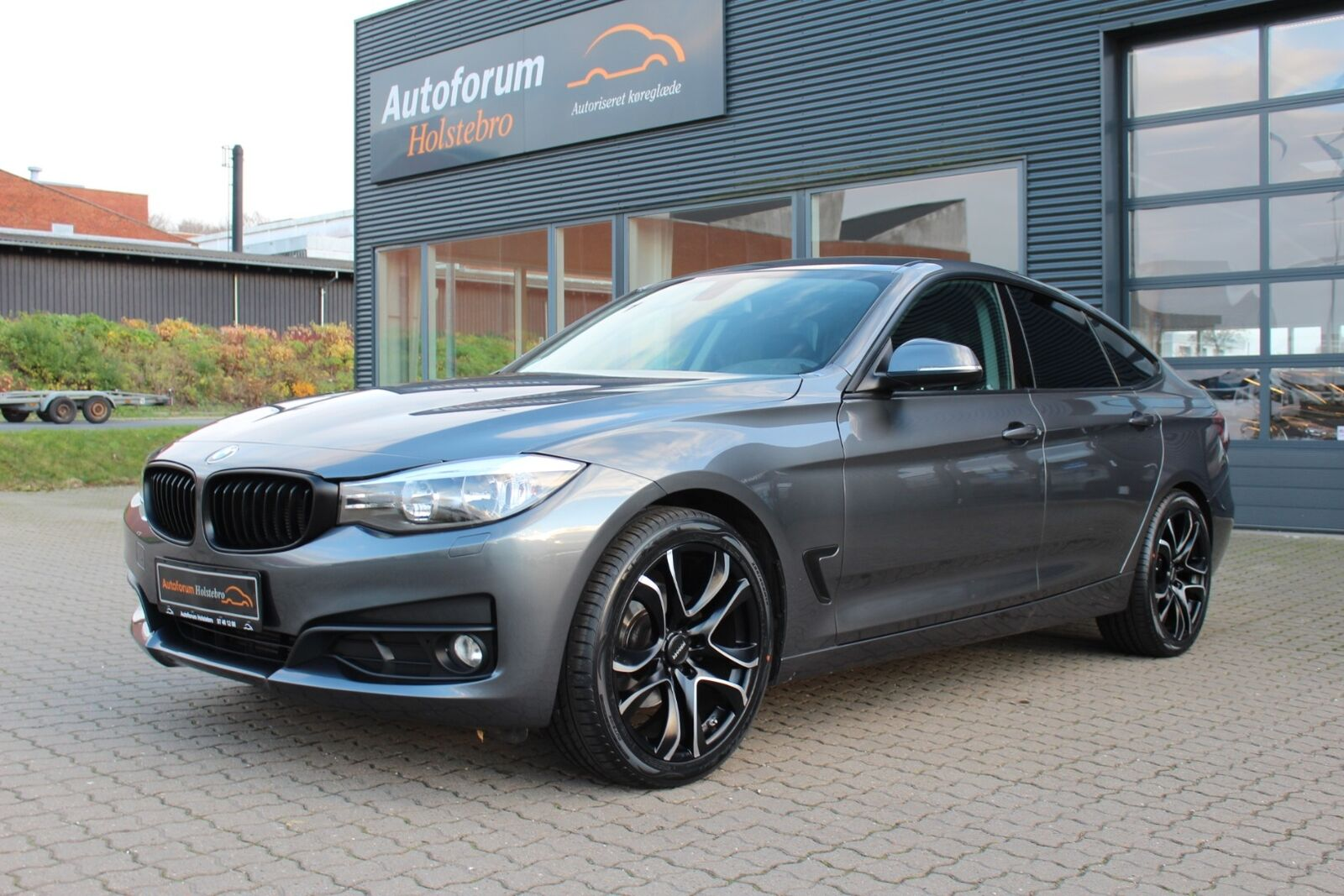 BMW 320d 2,0 Gran Turismo 5d - 234.800 kr.