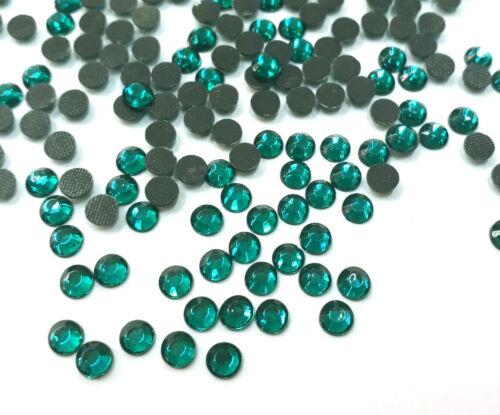 350 Hotfix Strasssteine 4mm Erinite Grün Zircon GLAS Bügelsteine BEST 31