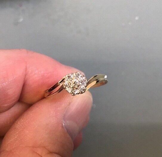Wouomo 9ct 9ct 9ct oro Diamante Grappolo Anello Taglia P timbrato Peso Anello Di Qualità 2.1g 7a7867