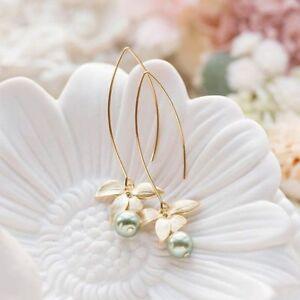 Women-039-s-Orchid-Flower-Sage-Green-Pearl-Earring-Hook-Dangle-Ear-Stud-Jewelry