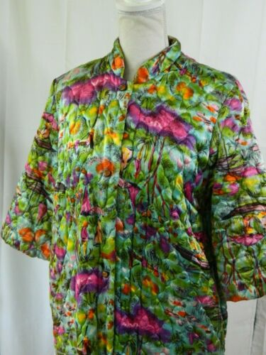 Vintage 50s House Coat QUILTED ROBE Garden Floral
