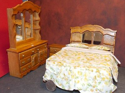 Dollhouse Miniature Bedroom Set 3 Pc Walnut 1:12 inch scale D79 Dollys Gallery