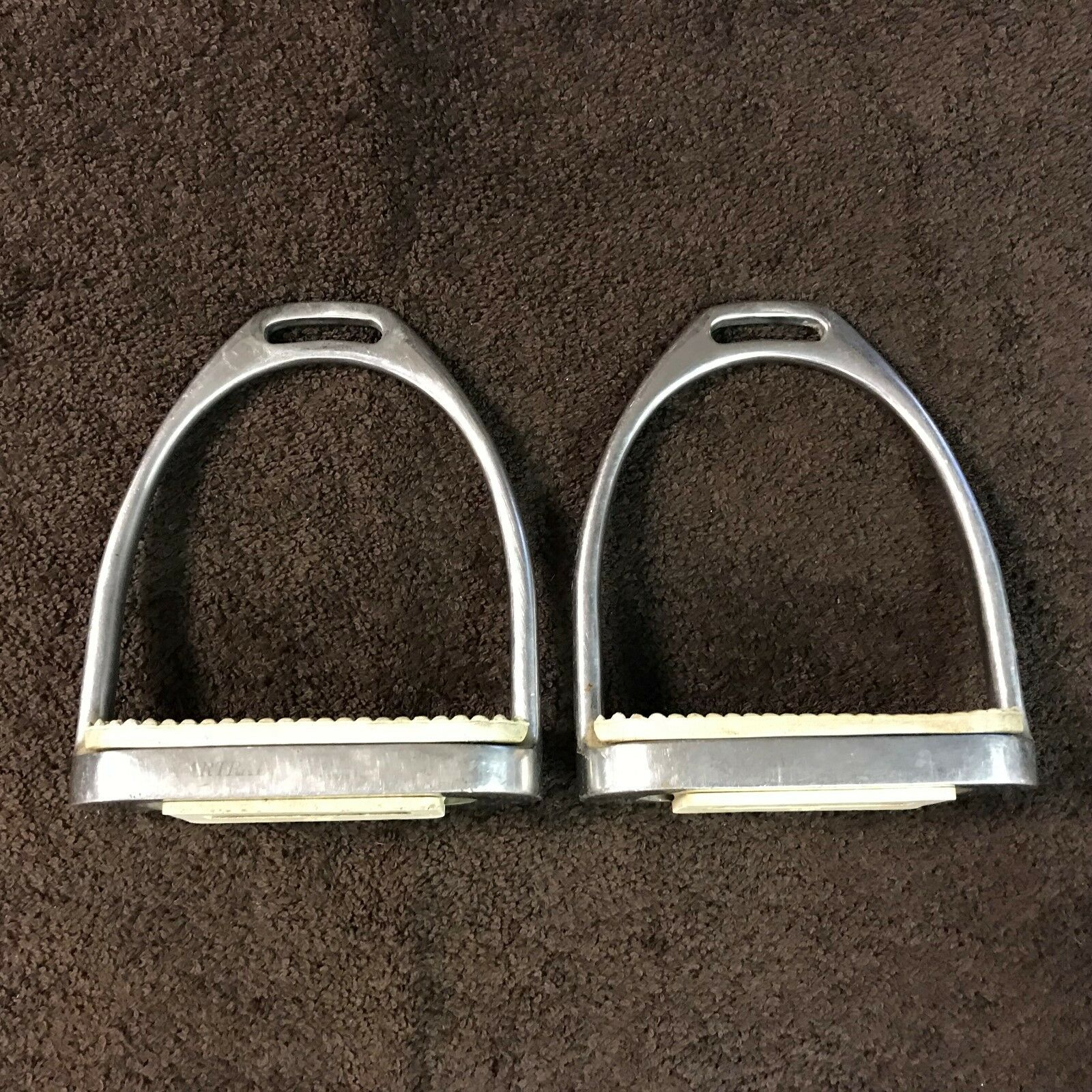 Metal PARTRADE MetalAB English Riding Stirrups w 4 1 4  Weiß Rubber Inserts