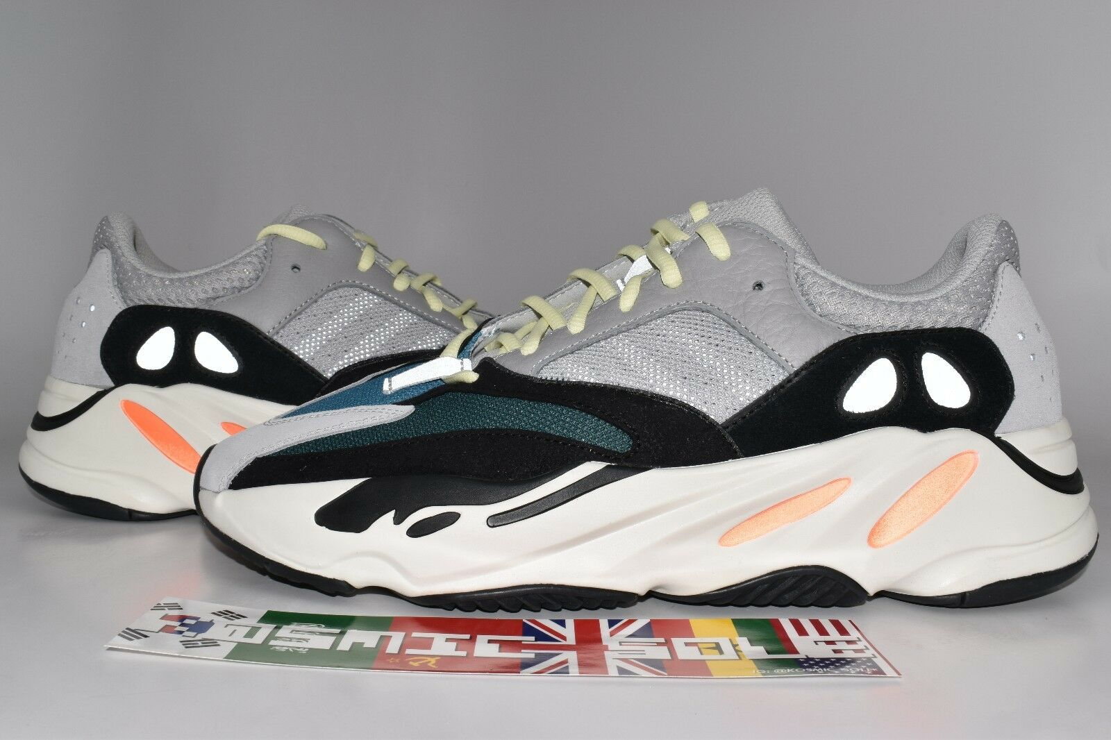 Adidas Yeezy Boost 700 Wave Runner B75571 Size Size B75571 8.5 a97c47