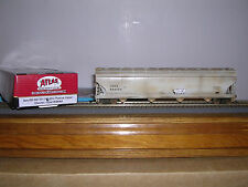 ATLAS #2-161 Chevron ACF 5701 C.F.Hopper Car #894064 Weath.w/Grafiti H.O.Gauge